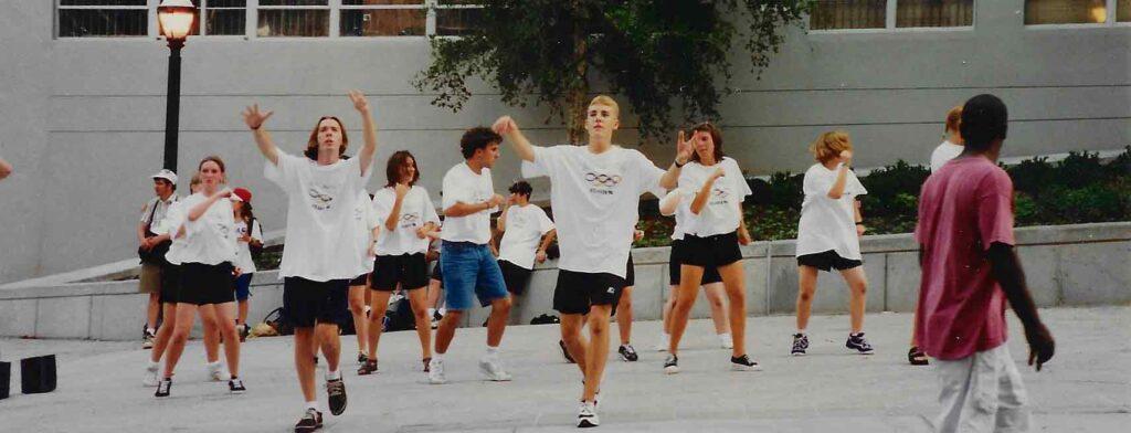 group-photo-dancing